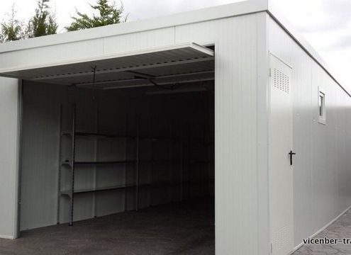 garaje de panel sandwich en Lérida