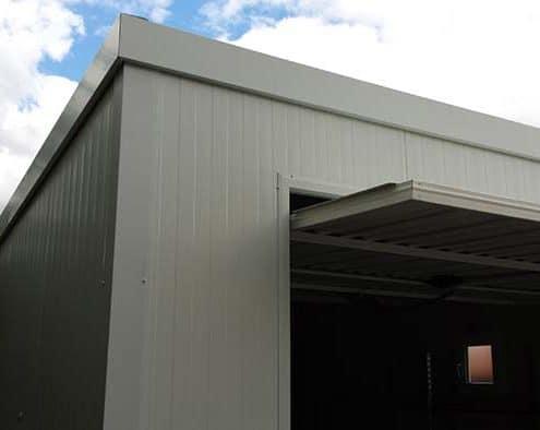 Detalle de esquina en garaje modelo básico