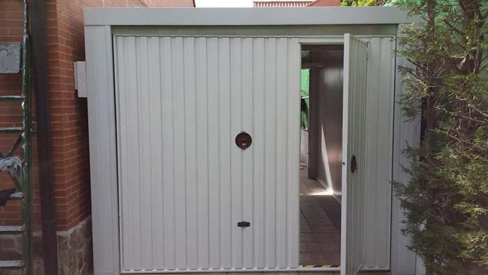 Puerta de garaje en Madrid