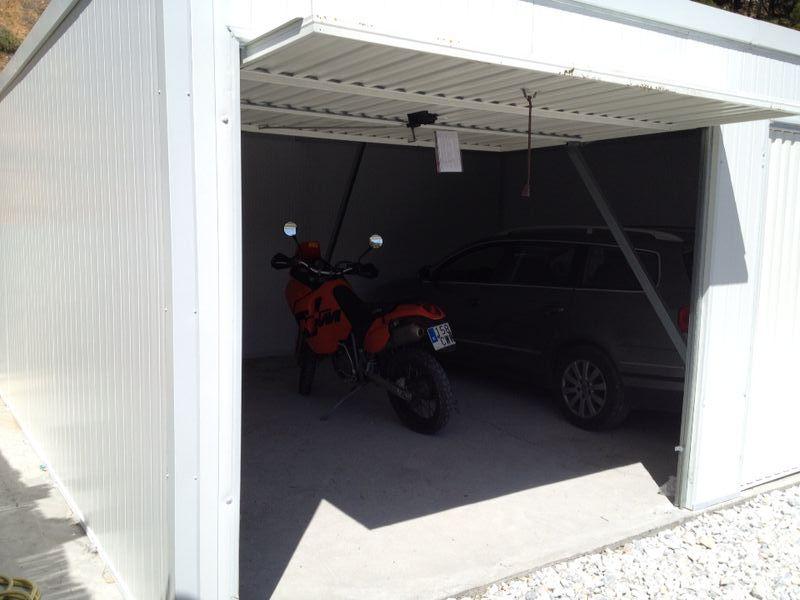 Garajes prefabricados en torremolinos m laga for Garajes metalicos en bolivia