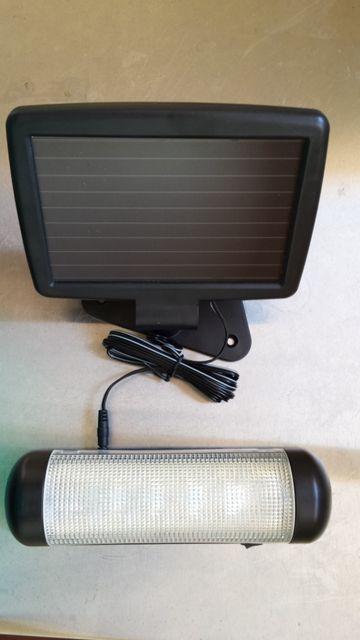 Luz interior con panel solar