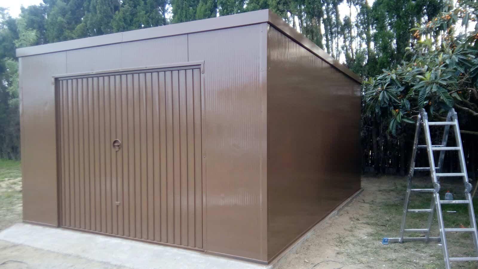Garaje prefabricado en la armentera gerona trasteros for Garajes metalicos en bolivia