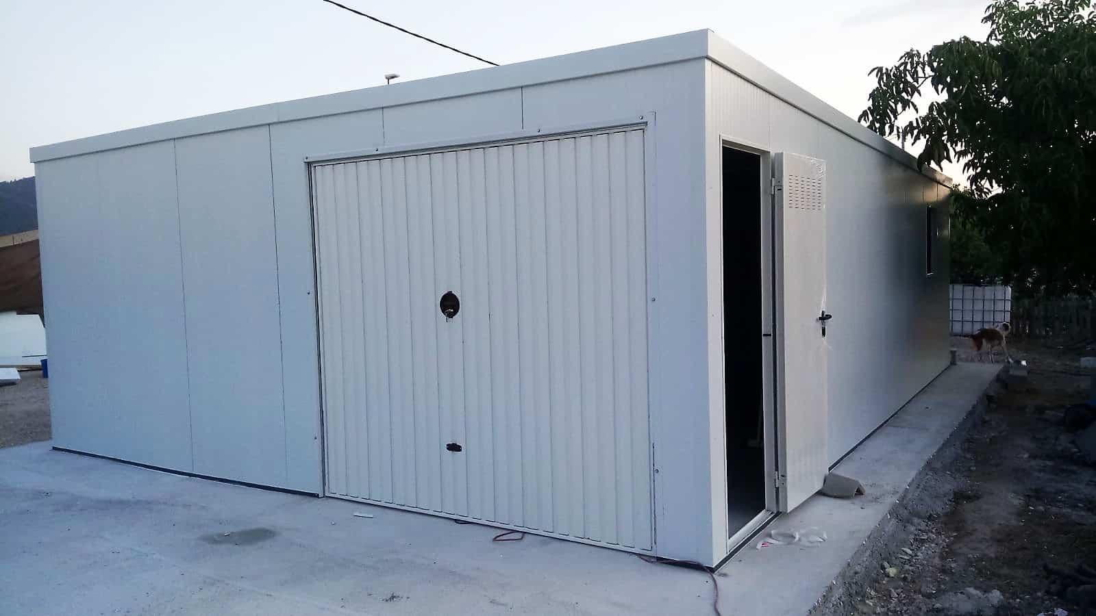 Garajes prefabricados archives trasteros prefabricados amplia - Refugios de madera prefabricados ...